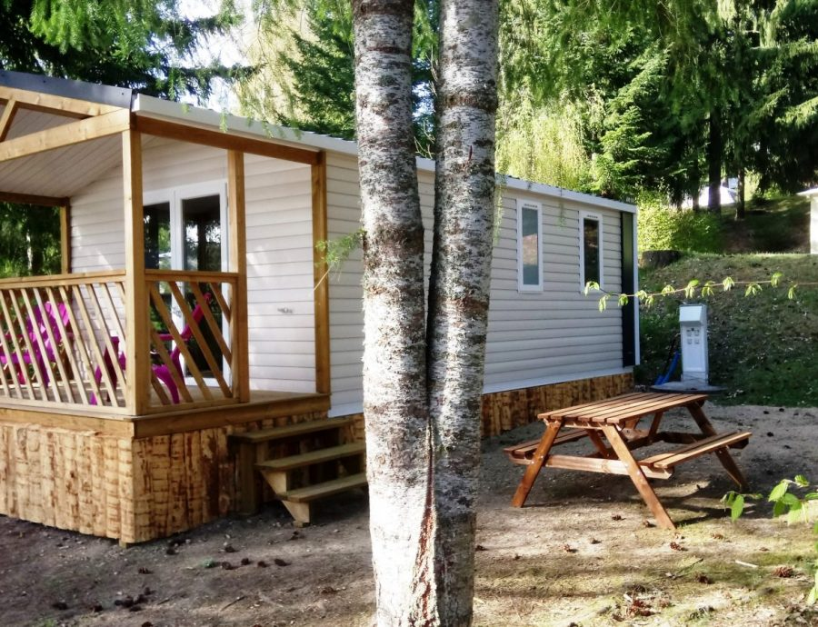 Camping en auvergne la chanterelle locations vacances