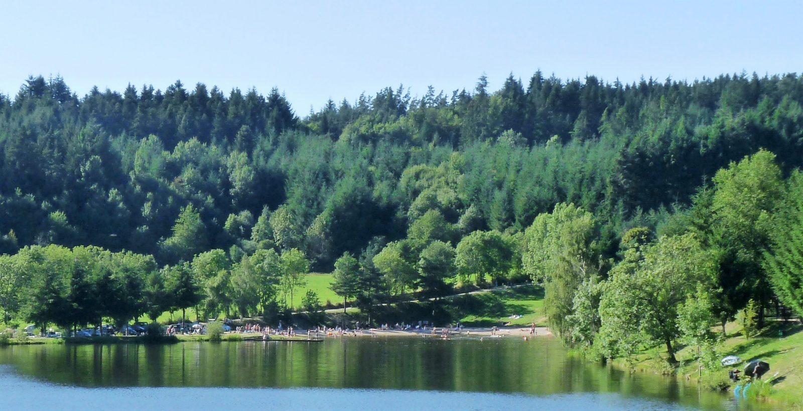 camping la chanterelle plage lac champagnac le vieux accueil